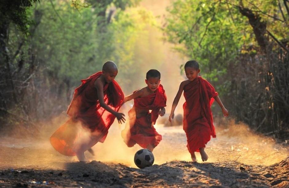 3 enfants bouddhistes