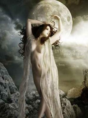 Femme lune