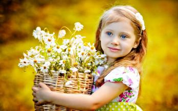 Fillette fleurs
