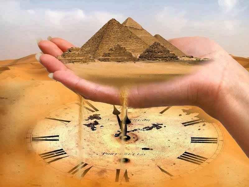 Jeu de la vie pyramide main