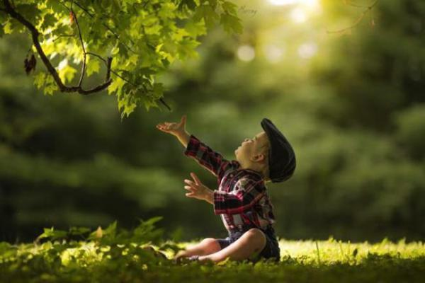 Photo enfant adrian murray campagne nature 00